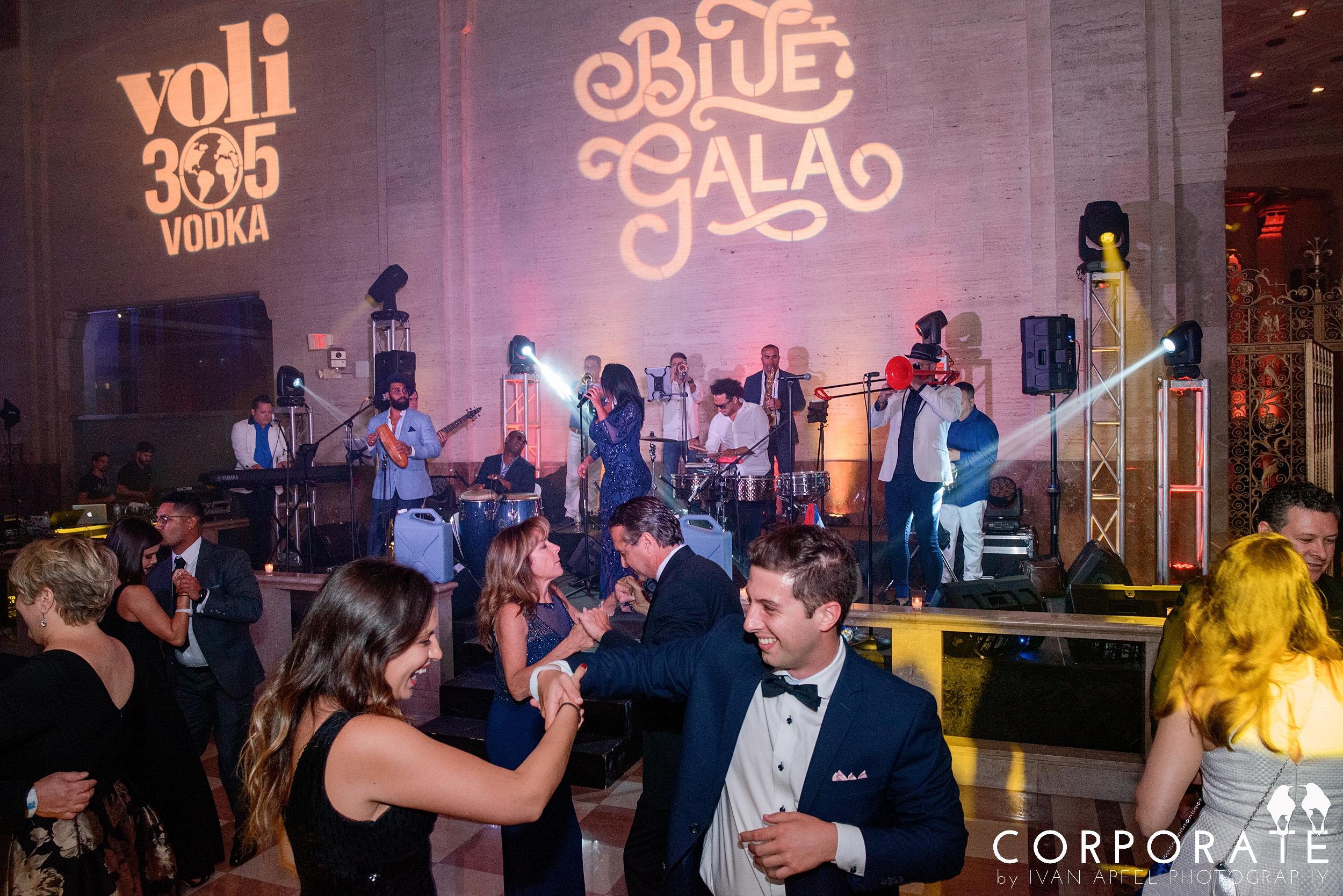 Miami Corporate Event Photographer Non-Profit Blue Missions Gala_0016.jpg