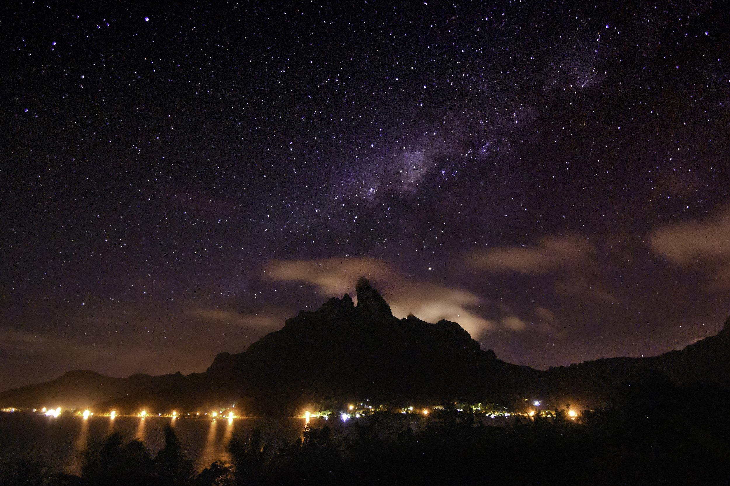 Bora Bora by Starlight / Jeremiah Cunningham