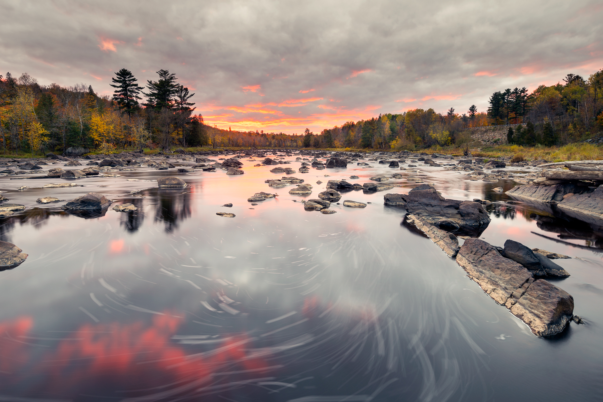 Saint Louis River Sunset / Ernesto Ruiz / I captured this image after running back down to the spot we had left maybe 15 minutes earlier