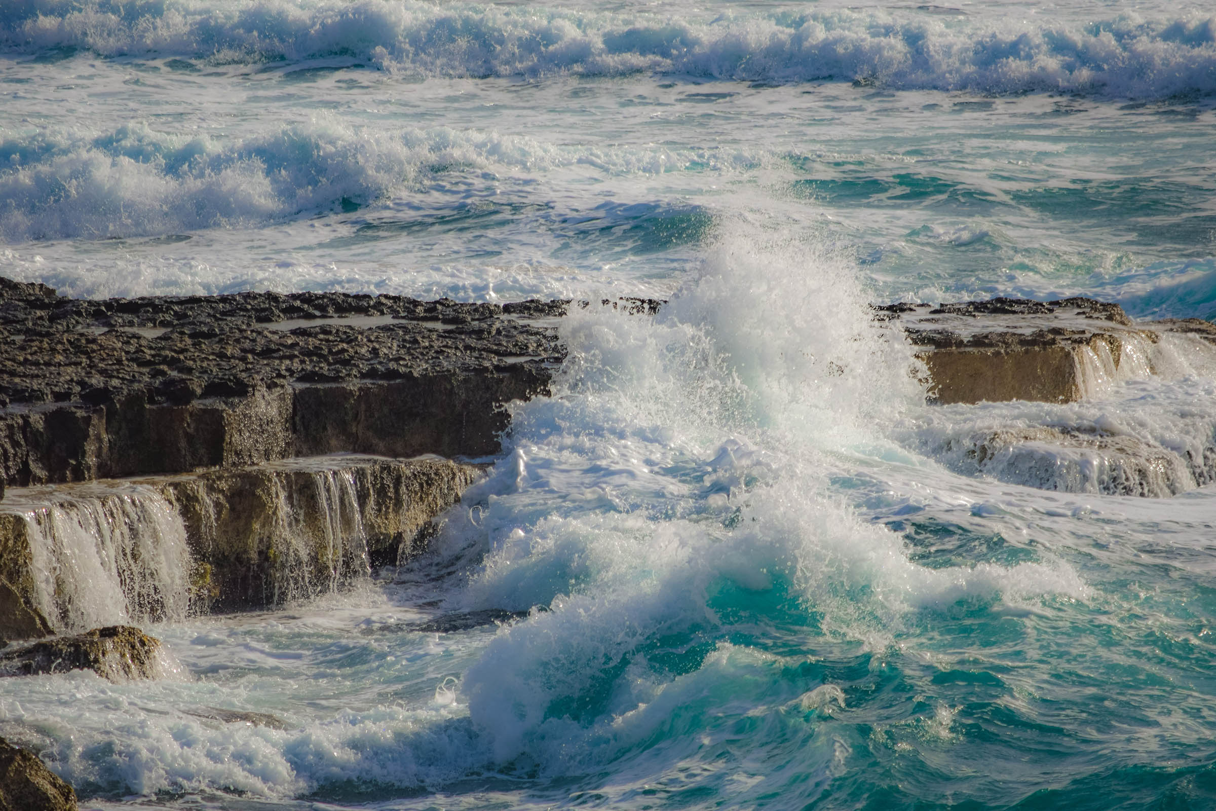 Ocean Waves - Shaping the Earth