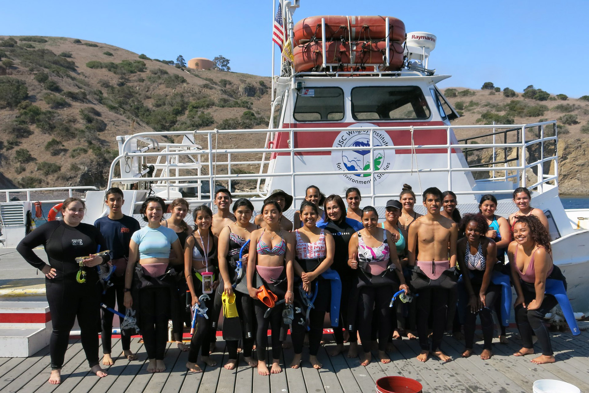 NAI scholars during their ocean research methods course out on Catalina Island at the USC Wrigley Institute for Environmental Studies