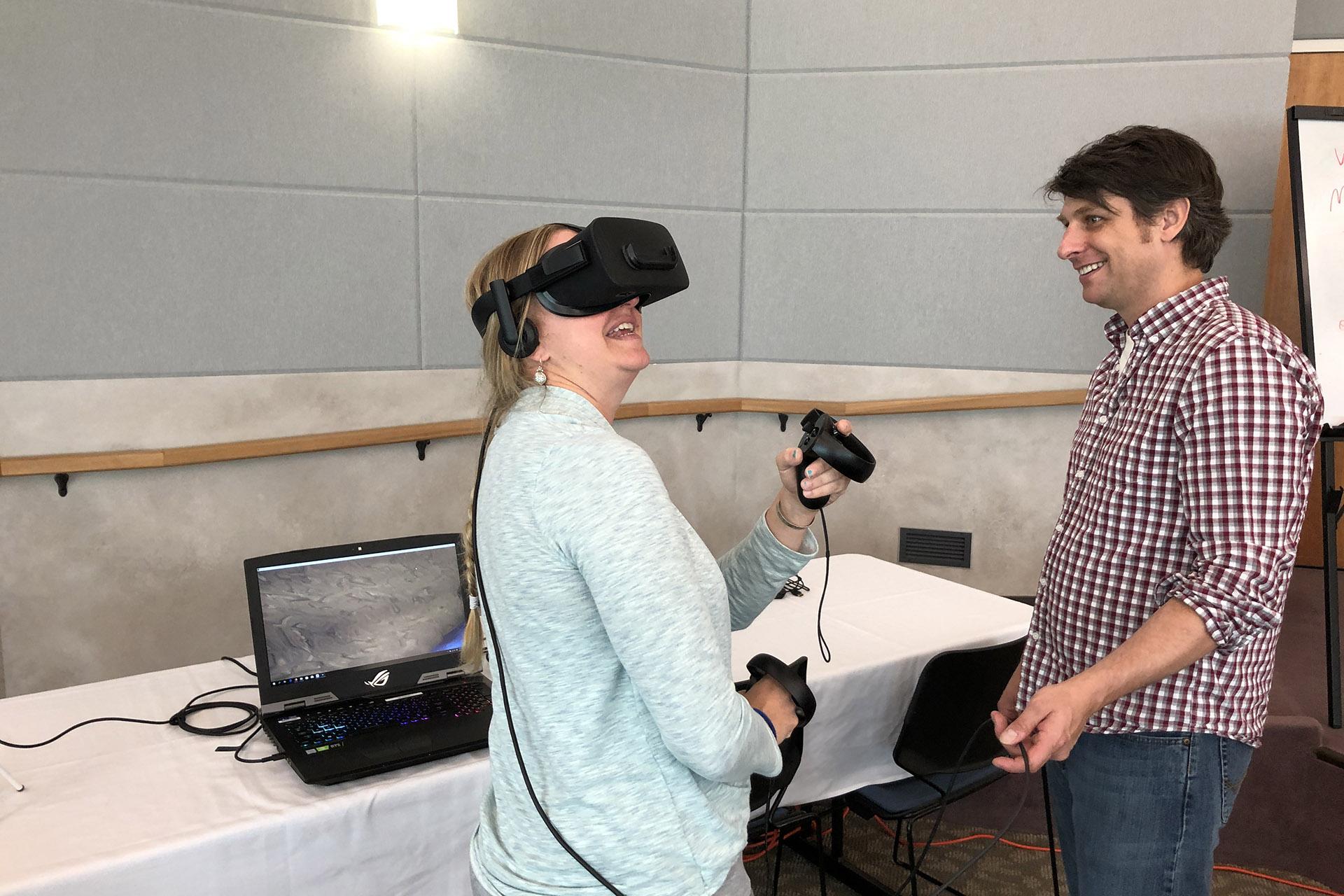 Ben Erwin guides Lindsay Smith through a virtual giant larvacean house