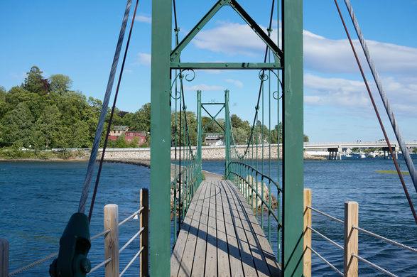 Wiggly Bridge, Source:  Atlas Obscura