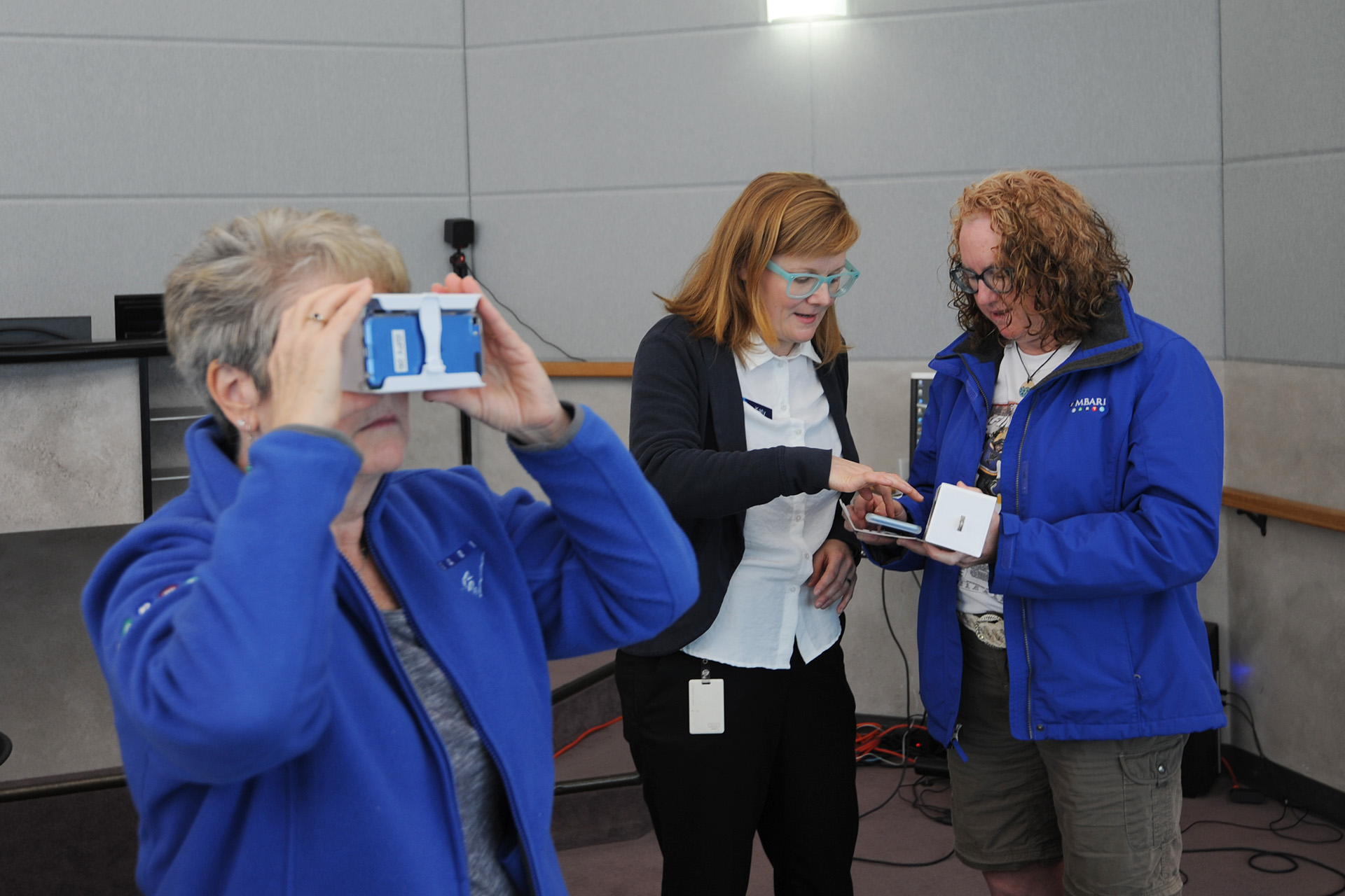Katy Scott demonstrates using Cardboard viewers to see 360° images
