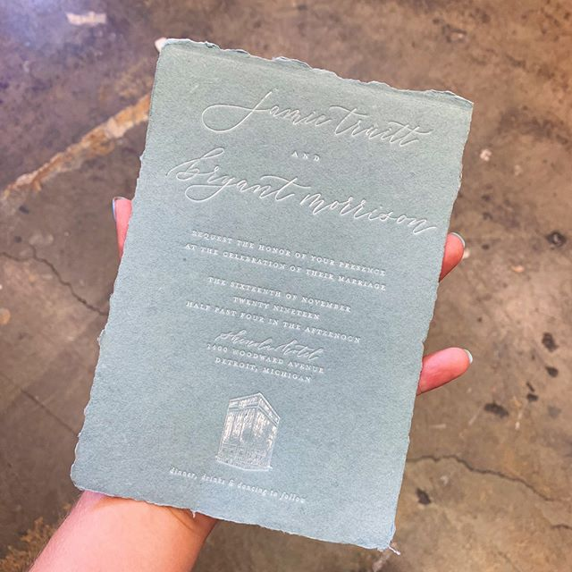 Check out these white foil on handmade @porridgepaper invites we printed for @jkdesigncal 💙 this client really wanted the print to look distressed and vintage to match the color scheme and the handmade paper - we think they turned out perfect!⠀⠀⠀⠀⠀⠀⠀⠀⠀ .⠀⠀⠀⠀⠀⠀⠀⠀⠀ .⠀⠀⠀⠀⠀⠀⠀⠀⠀ .⠀⠀⠀⠀⠀⠀⠀⠀⠀ .⠀⠀⠀⠀⠀⠀⠀⠀⠀ .⠀⠀⠀⠀⠀⠀⠀⠀⠀ .⠀⠀⠀⠀⠀⠀⠀⠀⠀ #letterpress #letterpressprinter #letterpressshop #whitefoil #hotfoil #foil #handmadepaper #decklededge #dustyblue #stationery #stationerylove #stationeryaddict