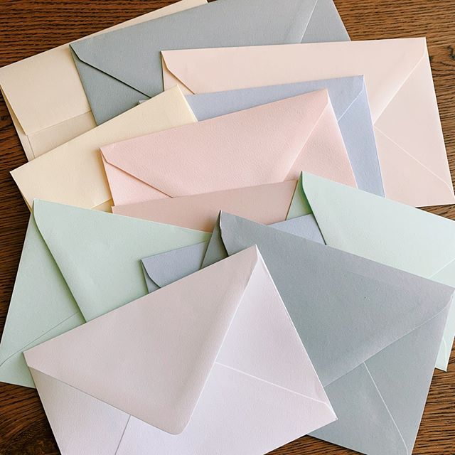 Have questions about envelopes? We can help! Whether you're curious about a specific color, size or flap style - we have an answer!⠀⠀⠀⠀⠀⠀⠀⠀⠀ .⠀⠀⠀⠀⠀⠀⠀⠀⠀ .⠀⠀⠀⠀⠀⠀⠀⠀⠀ .⠀⠀⠀⠀⠀⠀⠀⠀⠀ .⠀⠀⠀⠀⠀⠀⠀⠀⠀ .⠀⠀⠀⠀⠀⠀⠀⠀⠀ .⠀⠀⠀⠀⠀⠀⠀⠀⠀ #envelopes #letterpress #squareflap #euroflap #pointedflap #stationery #stationerylove #stationeryaddict #letterpressstudio #letterpressprinter #letterpressprinting