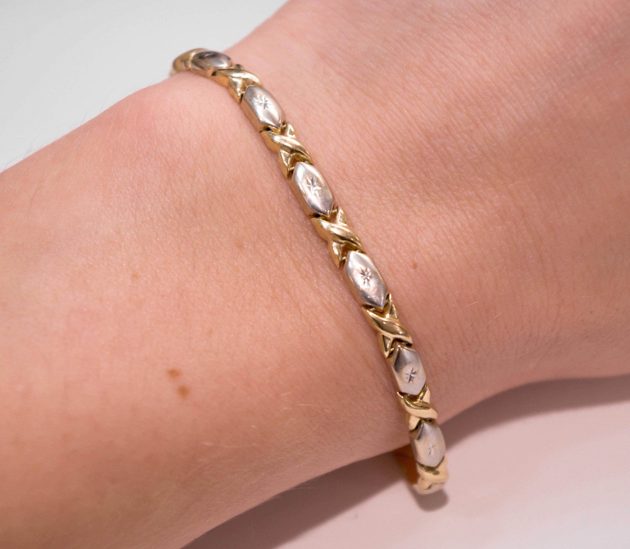 Estate Two tone 14K link bracelet on.JPG