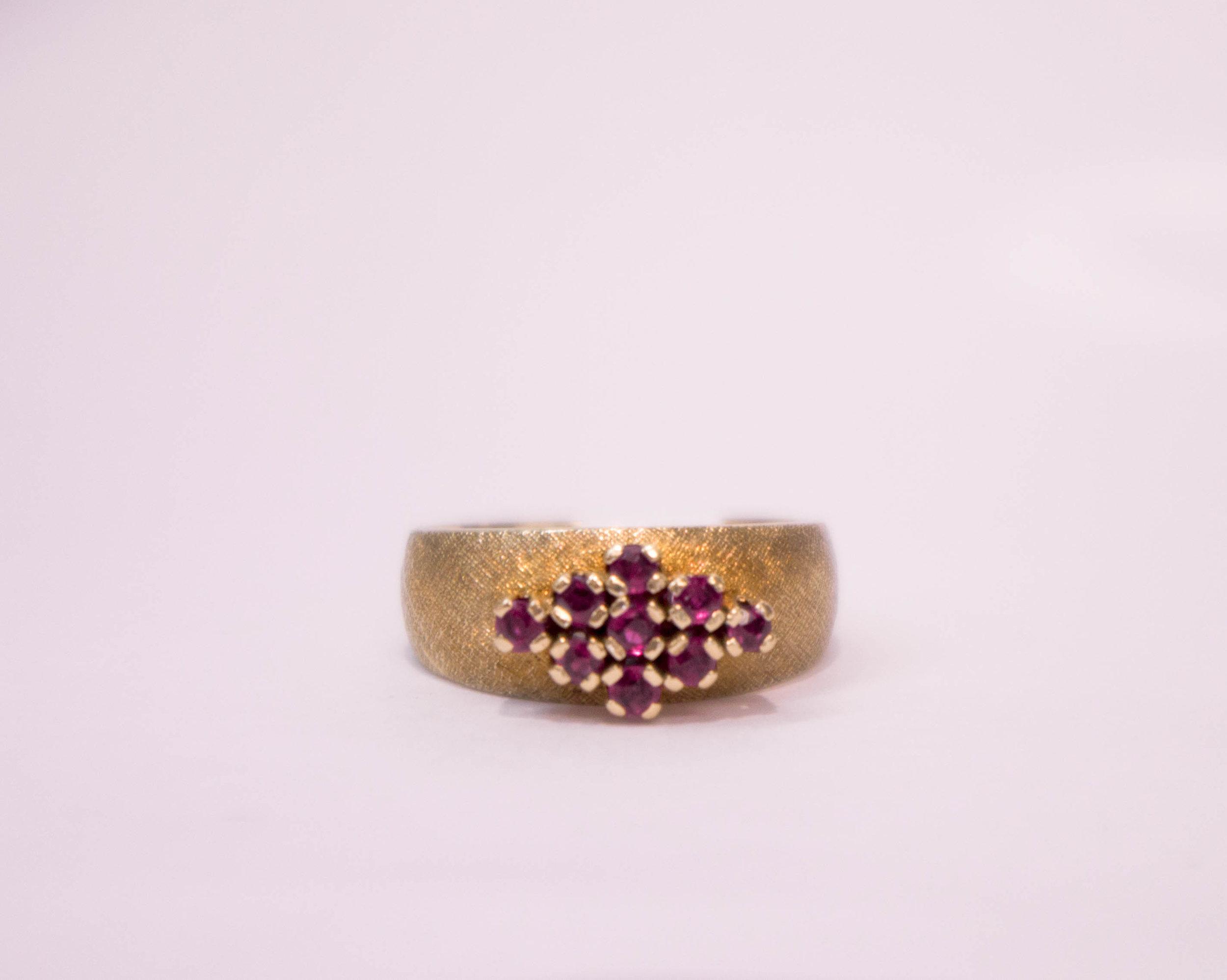 Estate Ruby wide Ring 14K 3.JPG