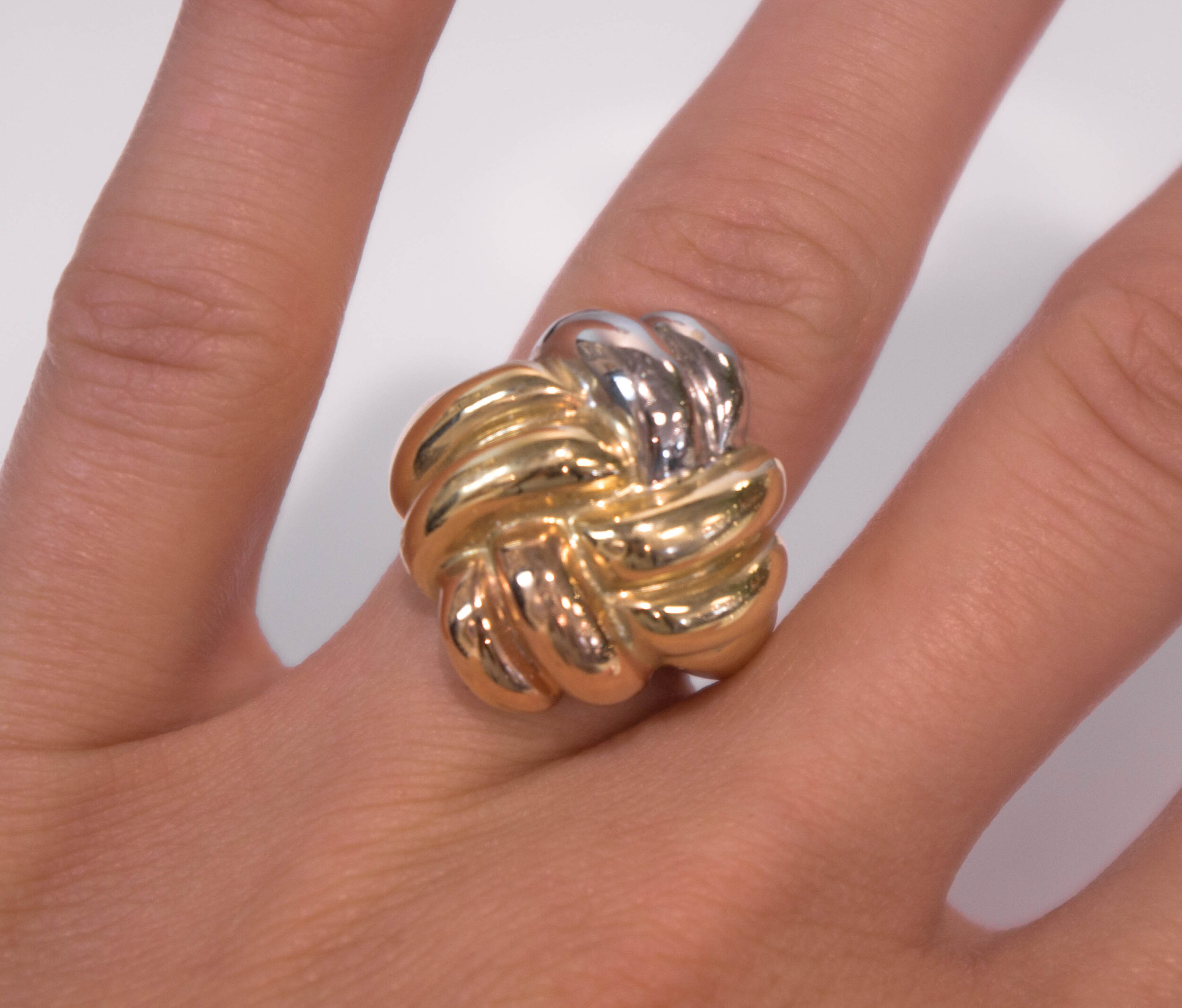 knot gold.JPG