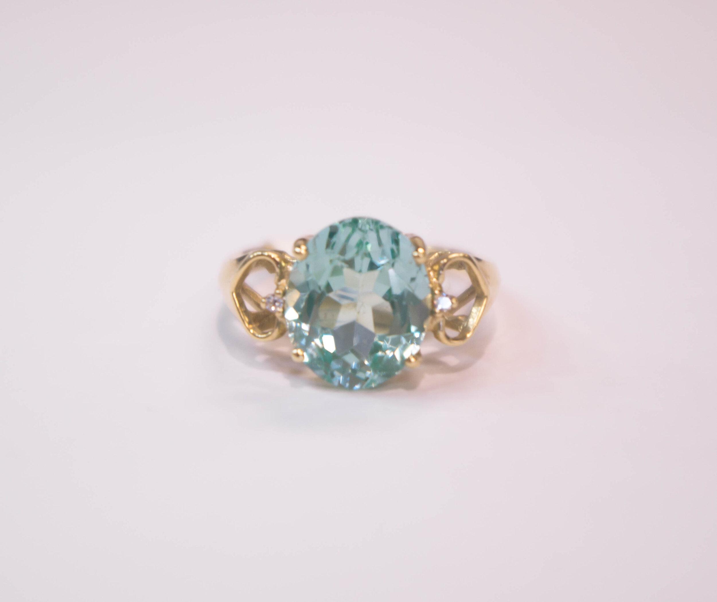 Estate Green Stone ring 4.JPG