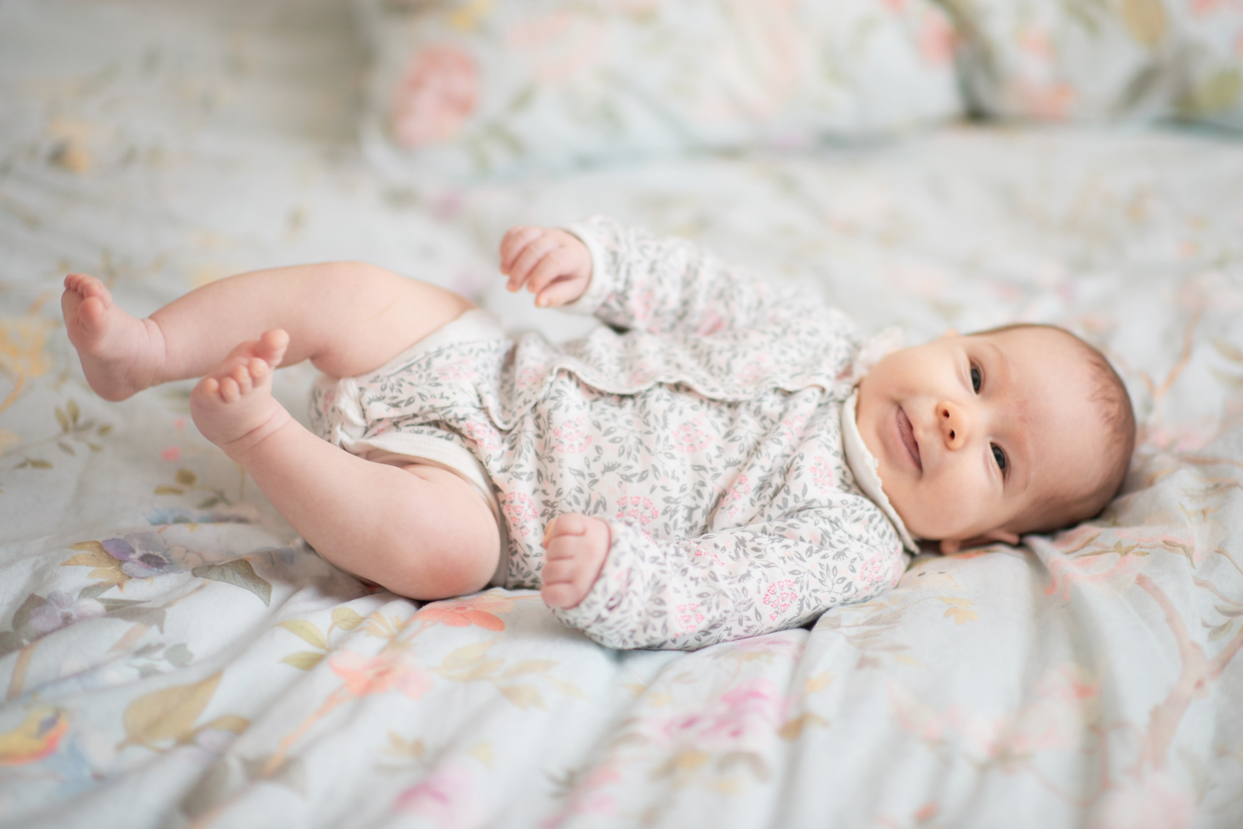 NEWBORN & BABY PHOTOGRAPHY - Perfectly soft and classical pictures of your baby