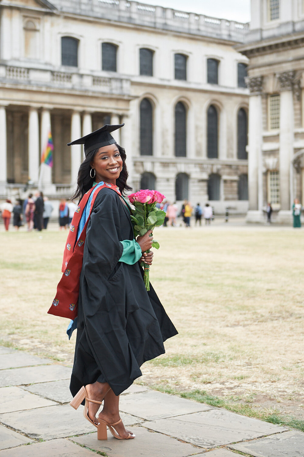 GRADUATION PHOTO SHOOT - MEDIUM PACKAGE   £250 or £225 (SE10 area)  Up to 1 hour outdoor natural light photoshoot  15 high-resolution fully edited digital pictures of your choice