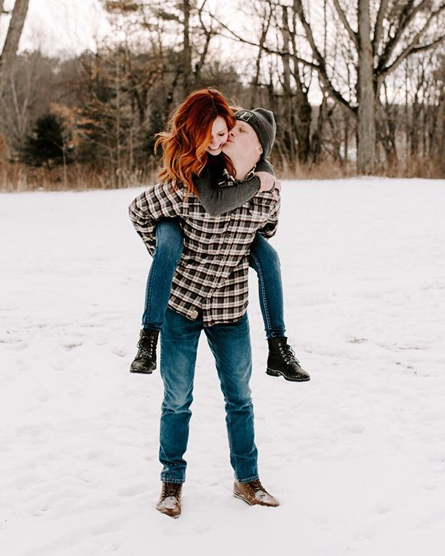 Wow huge shout out to these 2 cuties braving the cold with me yesterday for this shoot. But to be honest, the heat between them was enough to keep us ALL WARM🔥🔥⠀ ❄️⠀ Happy Monday my friends. I sound like a BROKEN RECORD but I'm still freezing my ass off in Michigan but can't wait to escape to sunny & 75 weather in just a few days 😎⠀ ❄️⠀ I'm off to finish editing this session from yesterday before I leave and I'm so excited because HOW CUTE ARE THEY 😭 thoroughly enjoying every second going through these photos. God love em. ⠀ ❄️⠀ Xoxo, Frost bit Jess 🥶⠀ •⠀ •⠀ •⠀ •⠀ •⠀ •⠀ •⠀ •⠀ •⠀ •⠀ •⠀ •⠀ •⠀ #detroitphoto #michiganphotographer #midwestphotographer #lifestyle #lifestylephotographer #stylemepretty #michiganeditor #lightroom #michiganengagement #michiganengagementphotographer #engagementphotographer #detroitphotographer #detroitengagement #royaloakphotographer #inspo #theinstagramlab #jennakutchercourse #rochesterphotographer #dcpresets