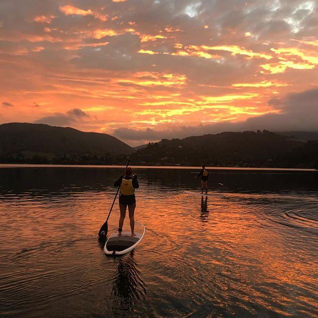 👌🏽yet again another sunset #paddleboardrotorua #paddleboarding #tourism
