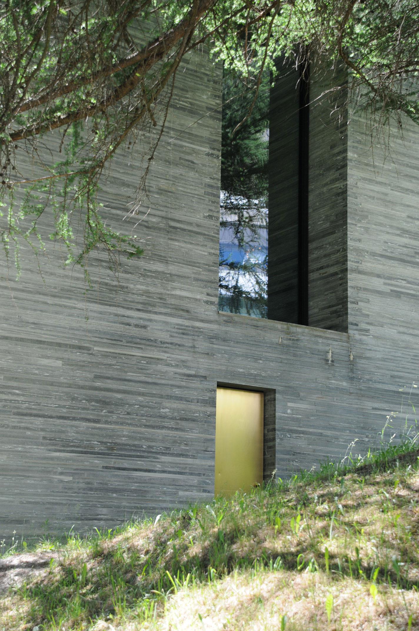 vals-therme-detail-zumthor-spa-switzlerland-best.jpg