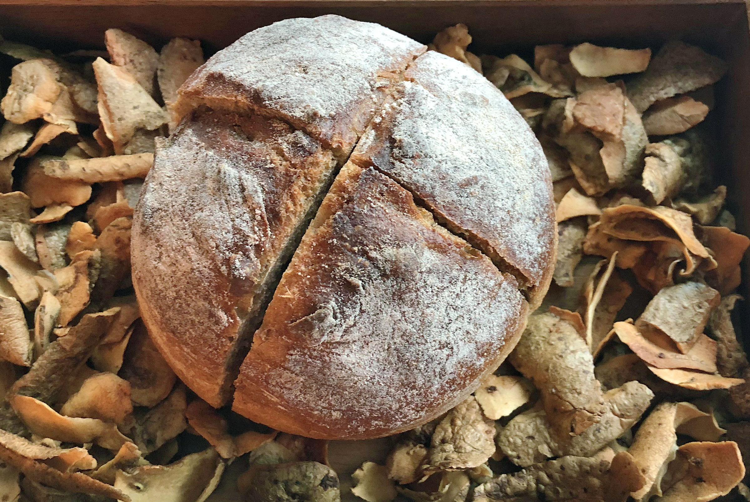 potato-bread-7132-silver-vals.jpg