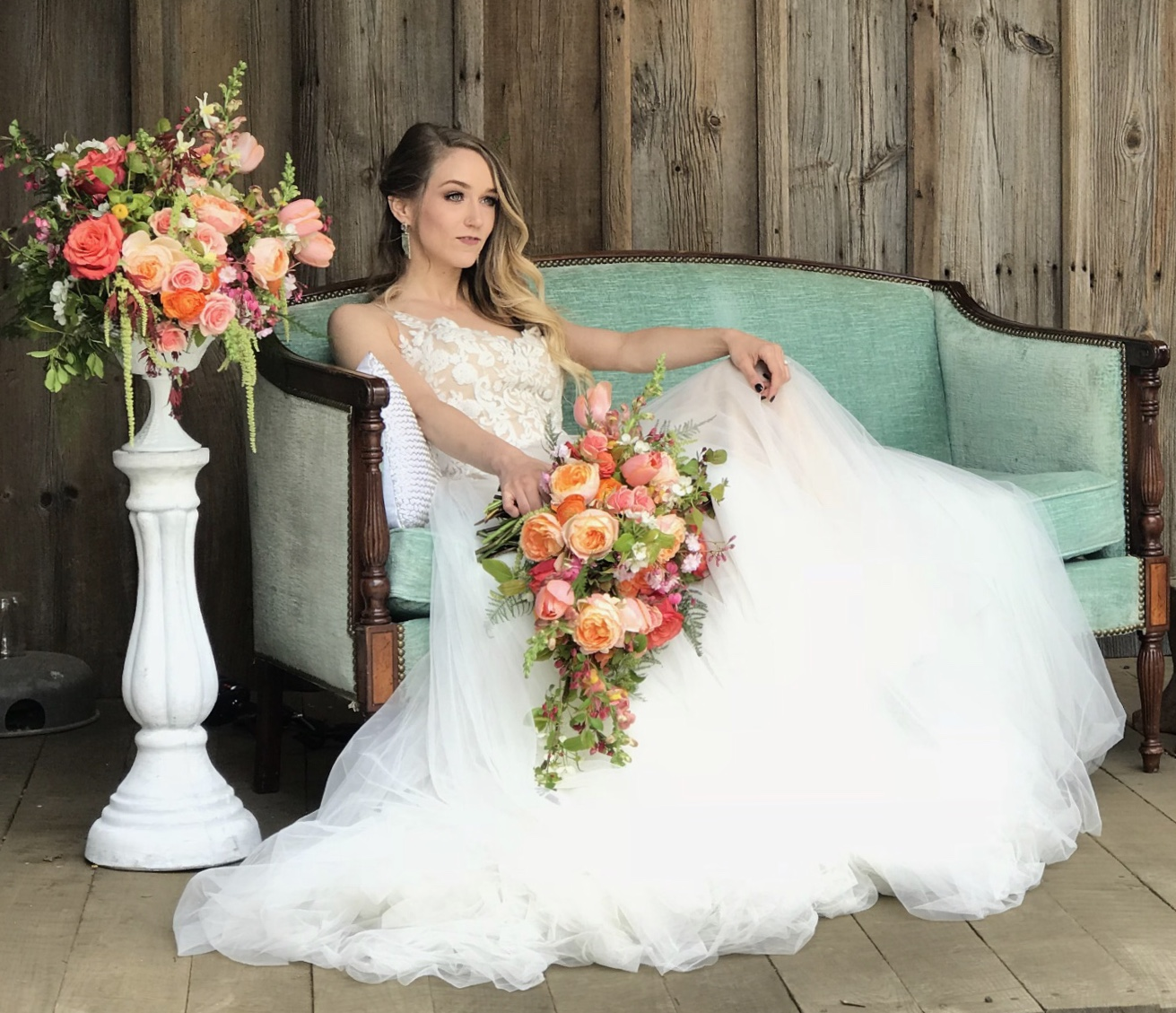 Photo by Bradley Images, Event Design by Emerald Event Design, Dress courtesy of Amanda Ritchie Bridal, Flowers by Wash Day Floral