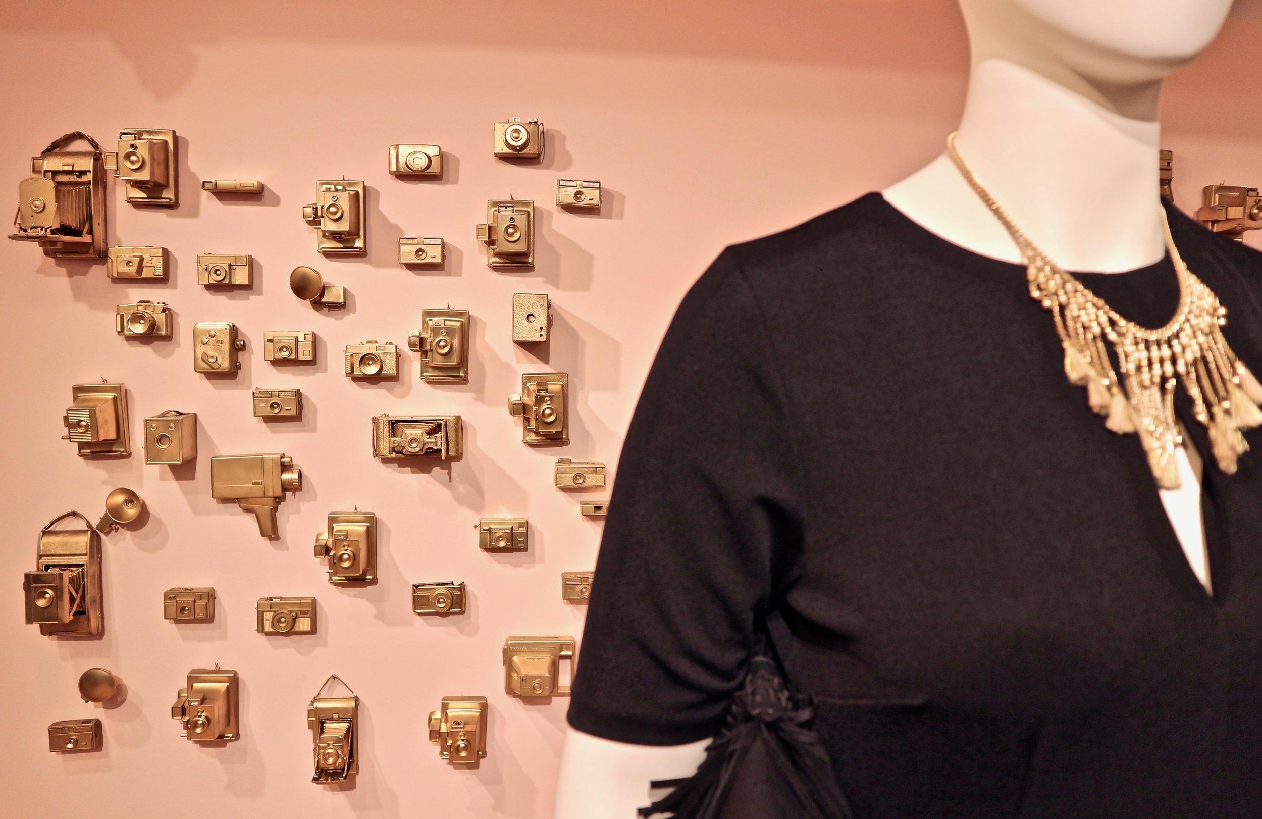 ELOQUIIs-custom-SELF-ie-wall-by-Ati-Williams-photo-credit-Hafsa-Siddiqi.jpg