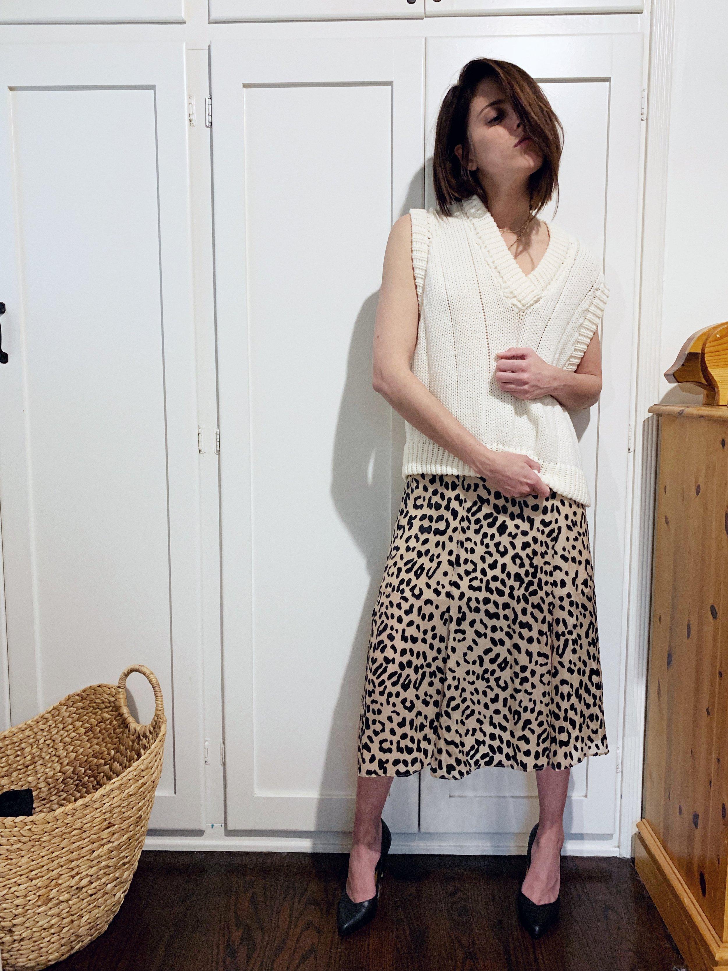 Leopardskirtandsweatervest.jpeg