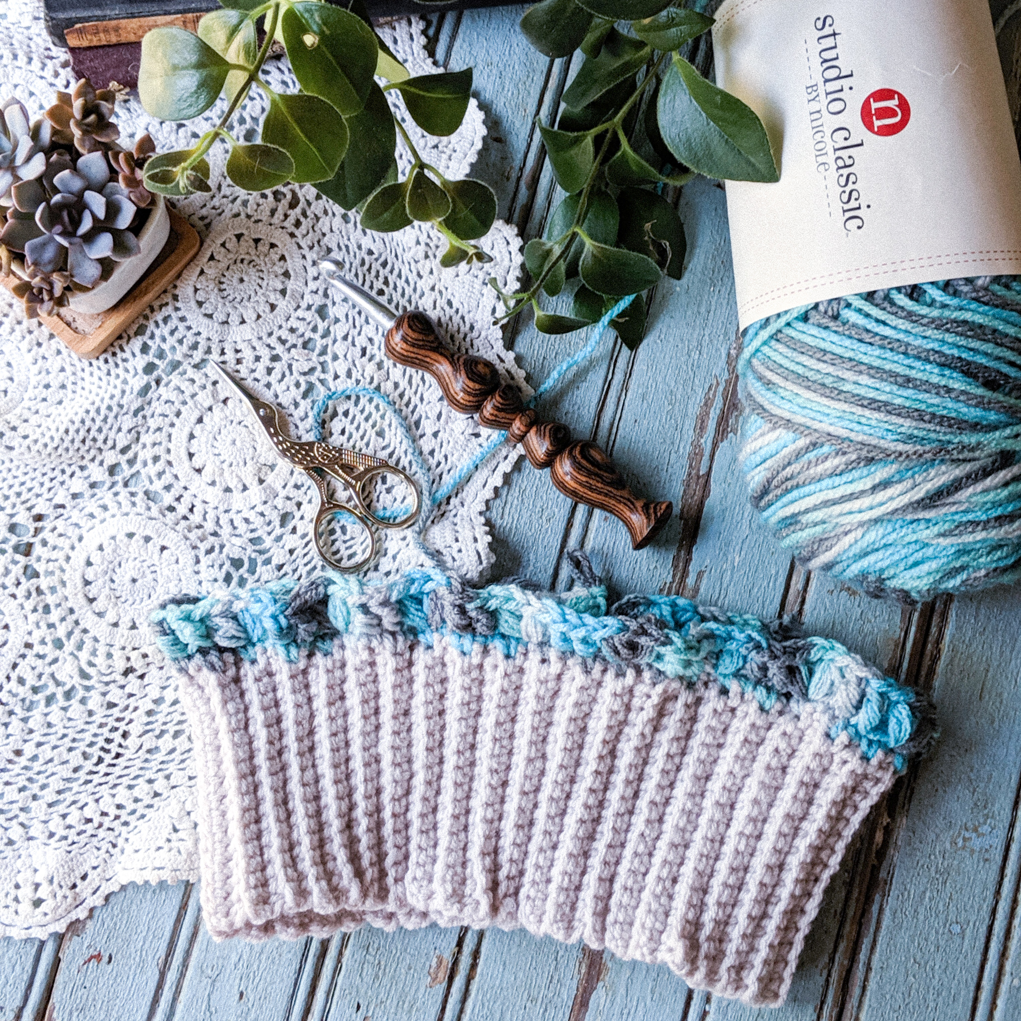 Traditional Brim Salzburg Beanie: Free Crochet Pattern