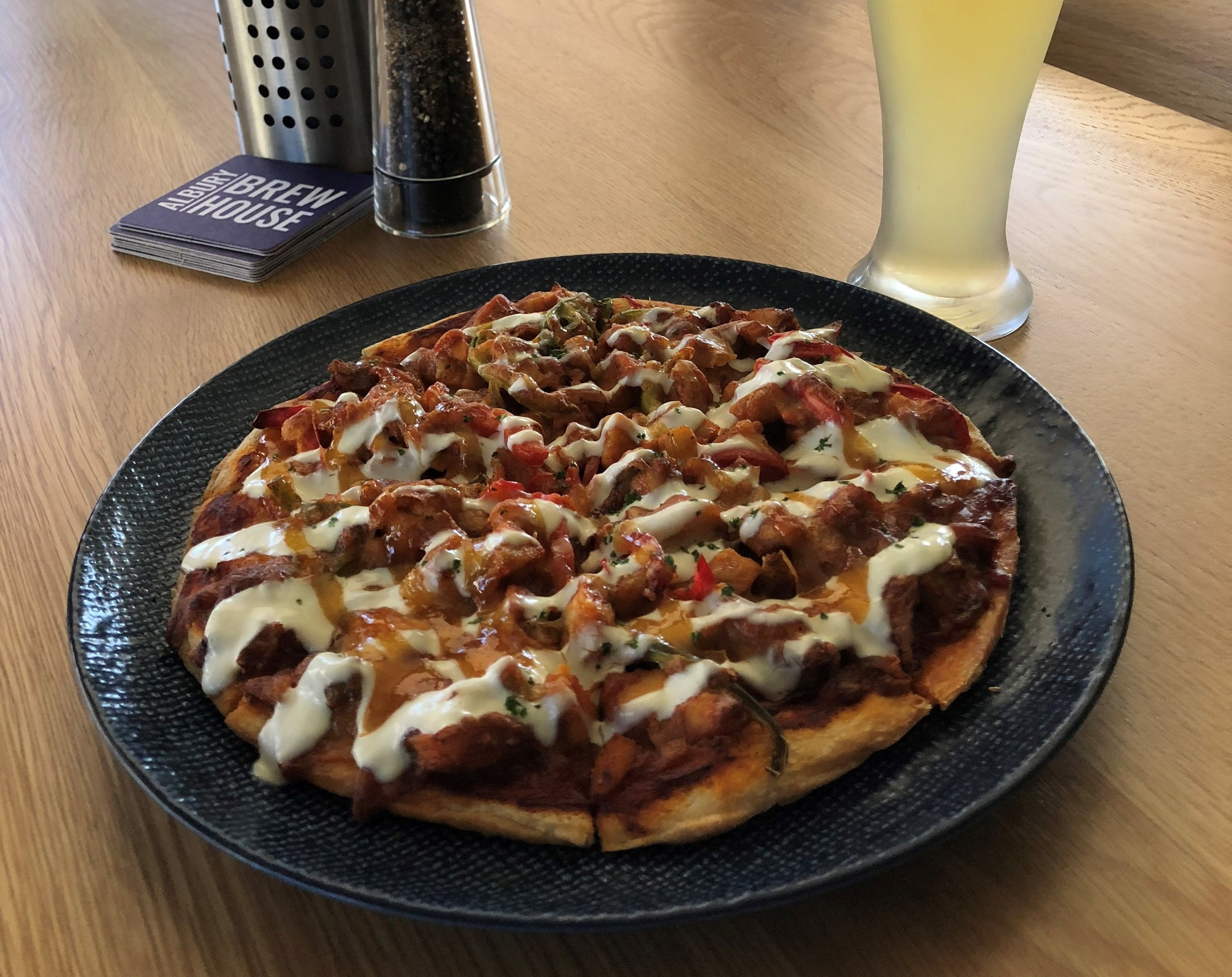 Tando Chick Pizza w Ginger Beer.jpg