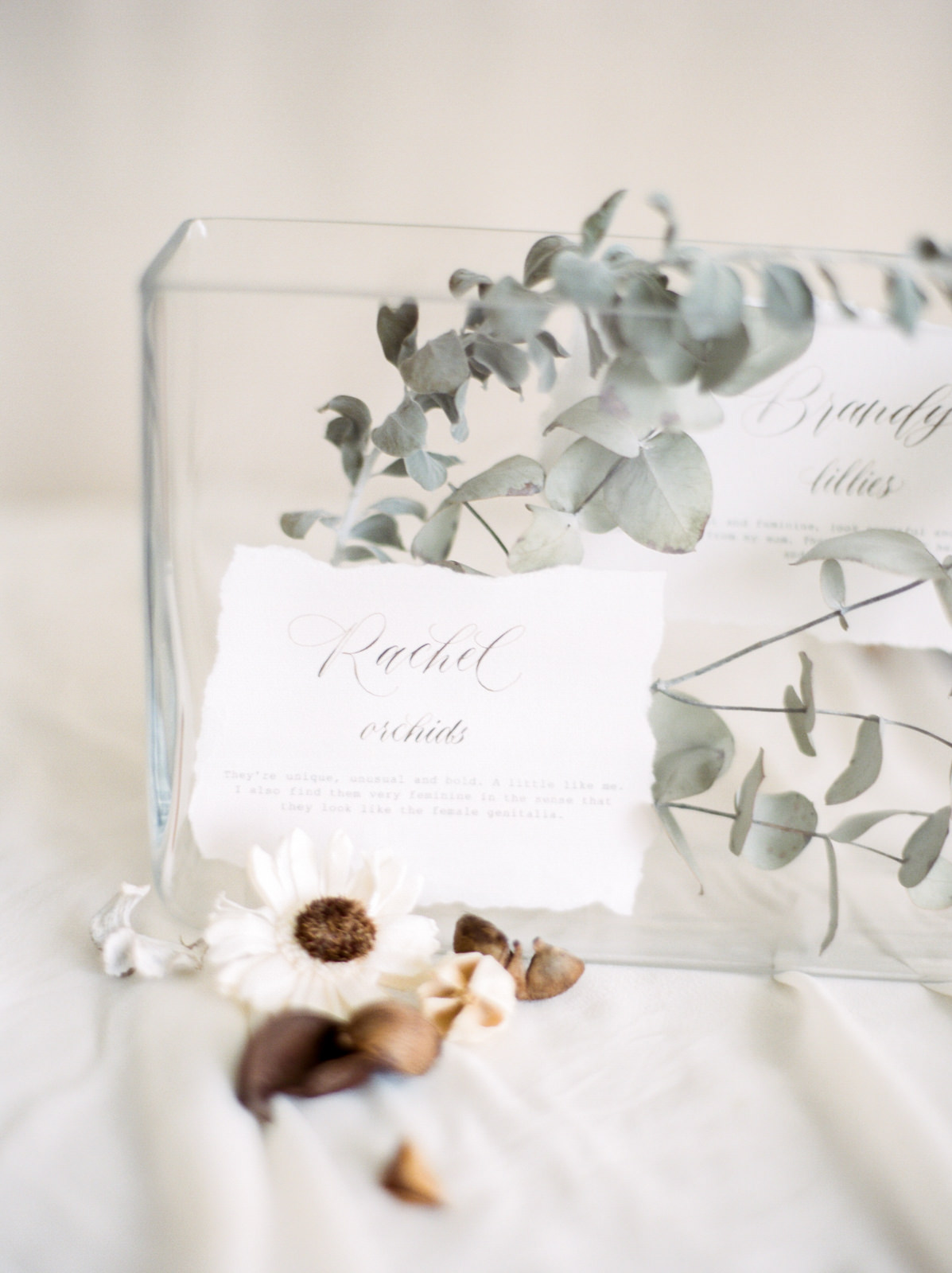 Table details • Photography by  We Are Origami . See editorial photos here.
