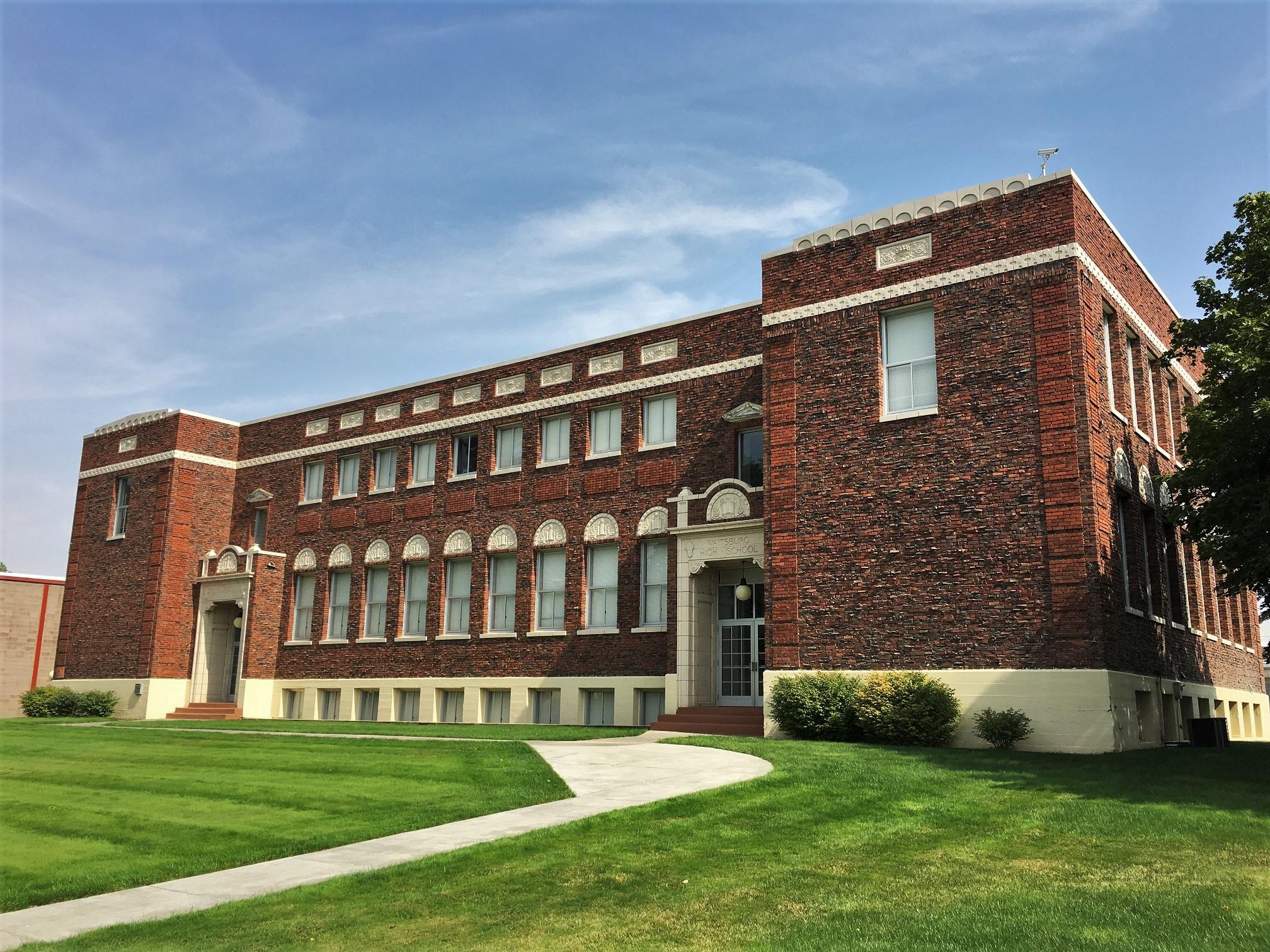 Waitsburg_High_School.jpg