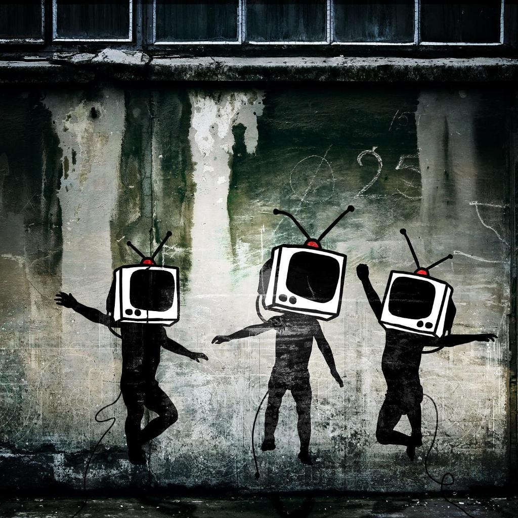 TV-man-urban-graffiti-wallpaper.jpg