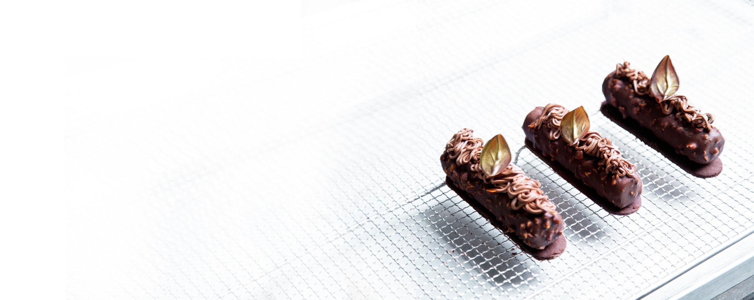 VEGANSK SJOKOLADE-OG MANDELKAKE - Med mørk sjokolade.Kuvert.