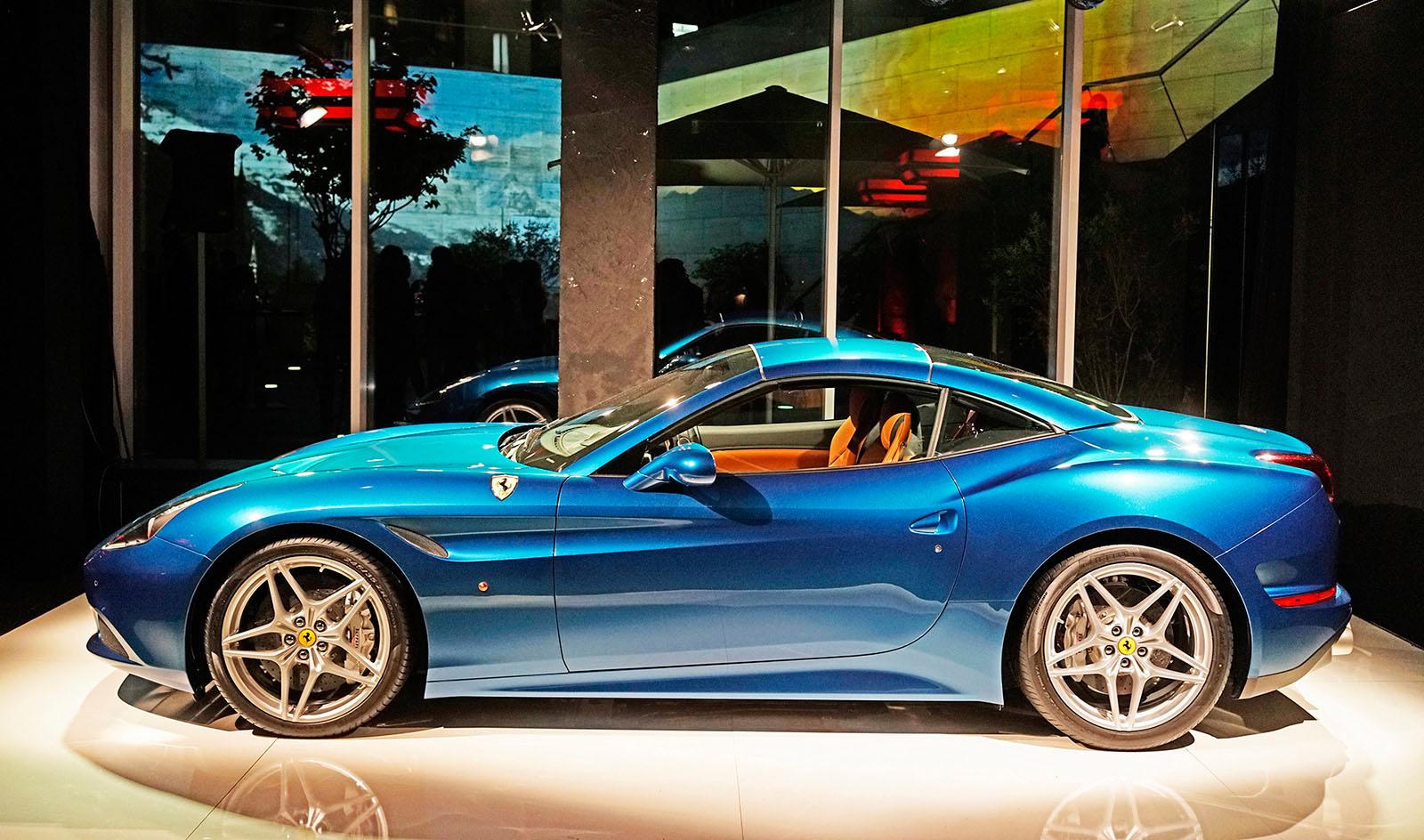 Ferrari_01.jpg