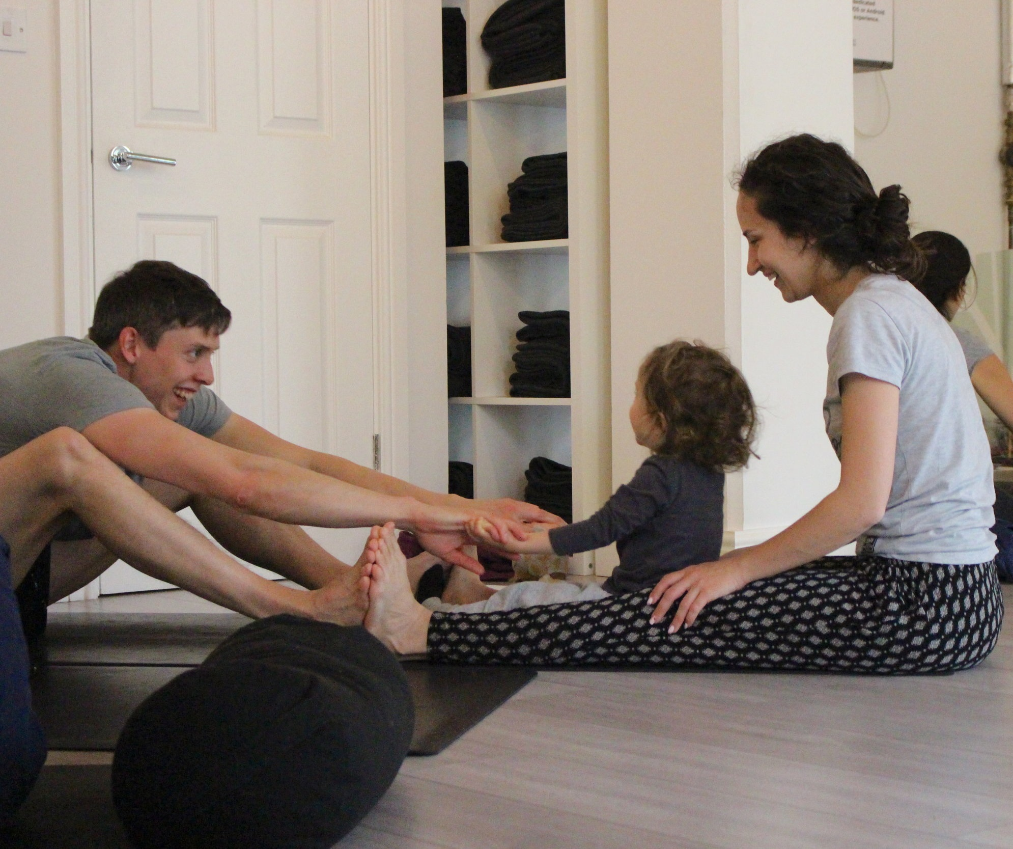 London Family Yoga: MoreYoga Surrey Quays with Jen Armstrong (photo by Dana Dyksterhuis)