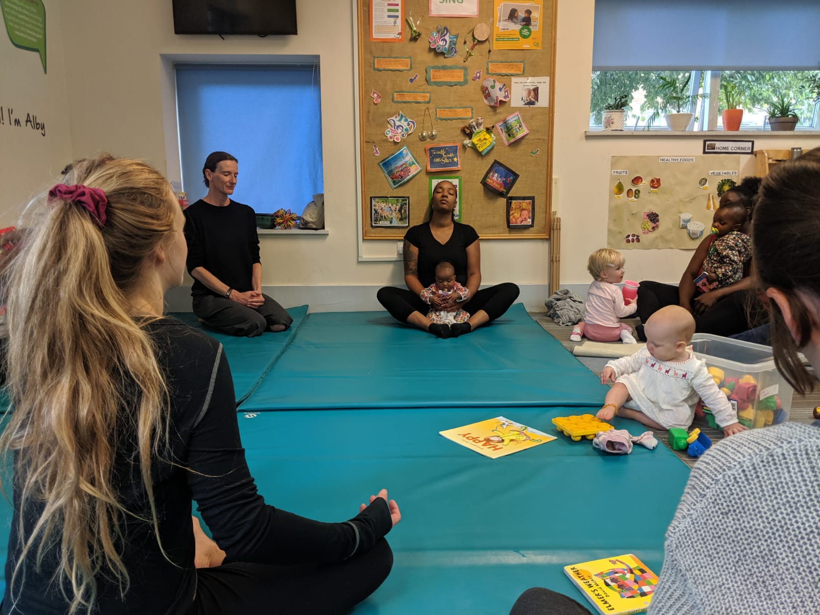 Om:Pop Mindfulness, Yoga and Brain Building workshop at Cathnor Park Children's Centre,  Family Support