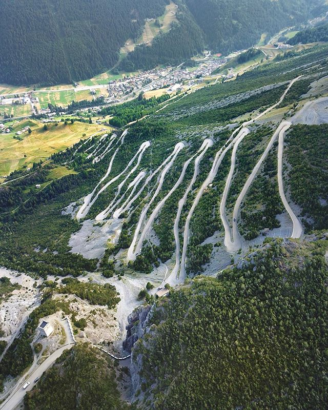 Le Alpi sono il cielo del futuro🏔🚲 - #TheItalianJobIsYetToCome