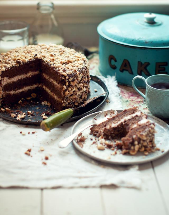 WKA_FRANGELICO-HAZELNUT-CAKE_P.jpg