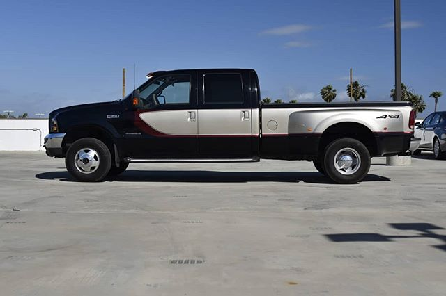 If you recently purchased this sweet 2000 F350 Dually, how would you modify it? Wheels? Lift? Lower? Graphics? Overland? Drag truck with stacks?  Stay tuned to see where this project goes!  #vistamotorsports #trucksofinstagram #dually #f350 #superduty #powerstroke #retro #fordtrucks #builtfordtough #diesel