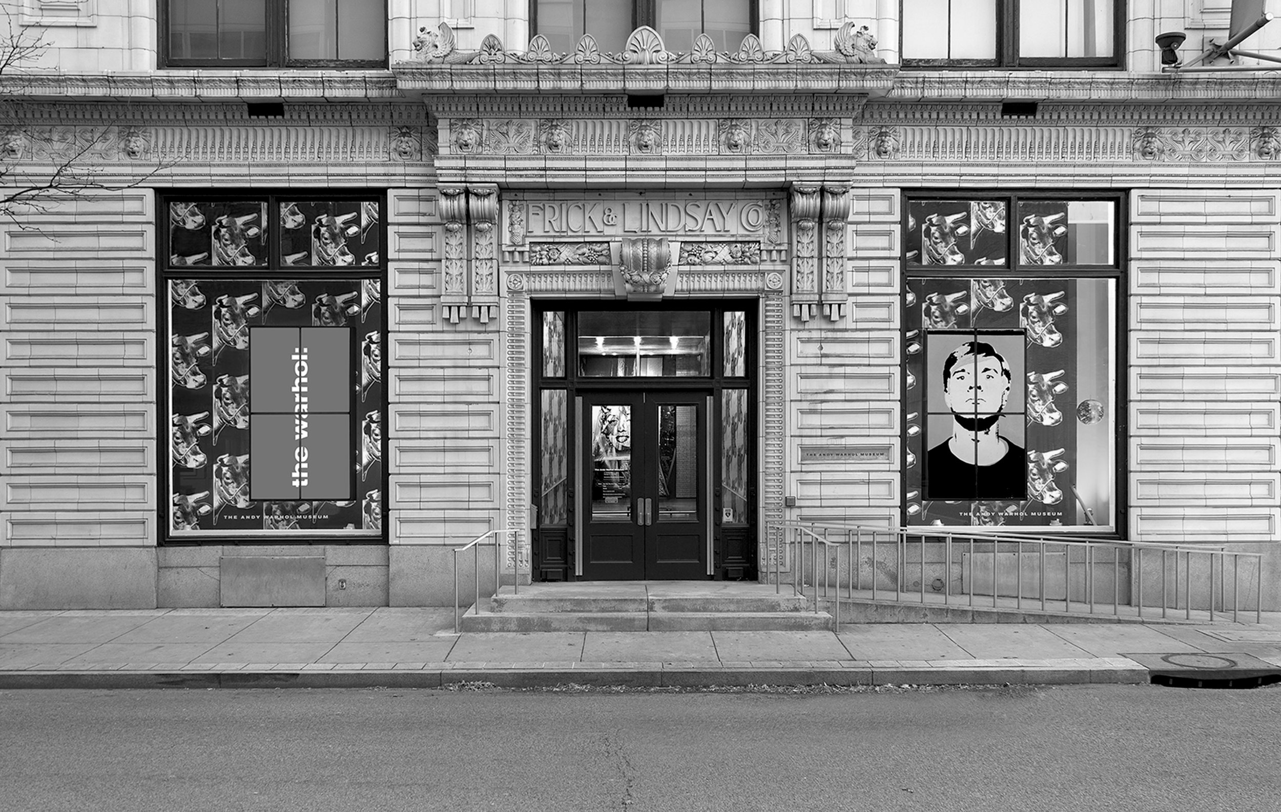 ©-Abby-Warhola-2013-museum-facade-1.jpg