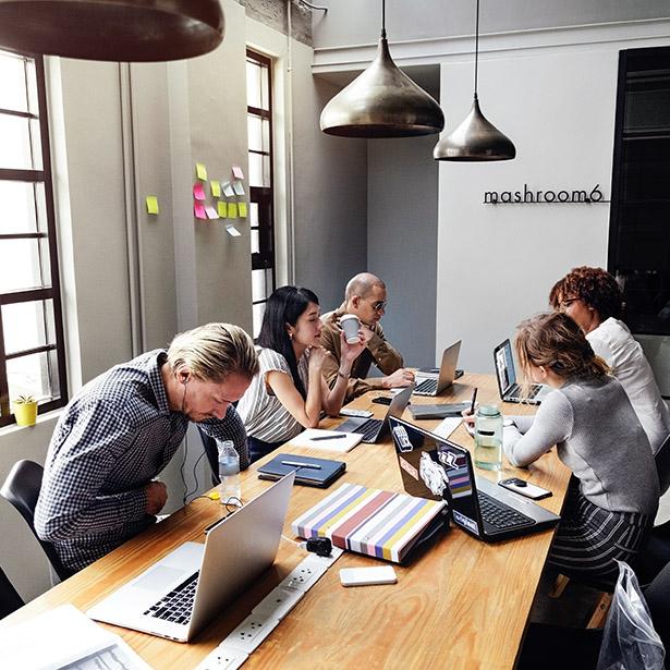LabPlay Studio - Creative Consulting Meeting
