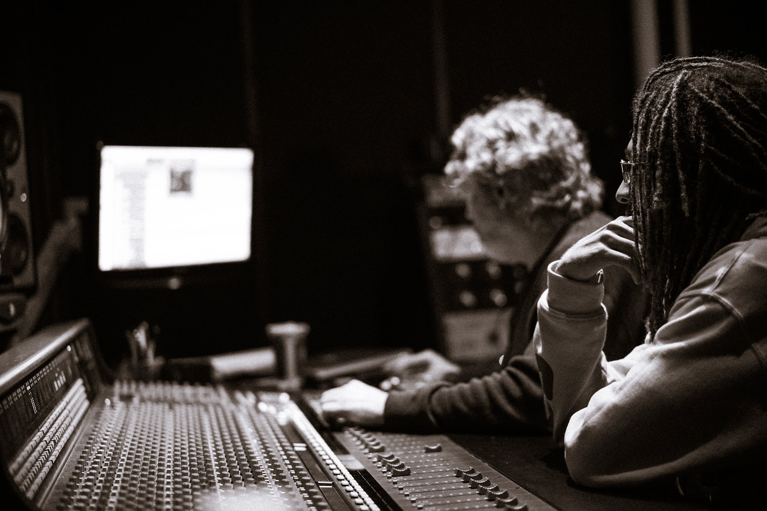 Mixing and Mastering - Quality Mixing and Mastering online services at affordable rates. Contact for further details.