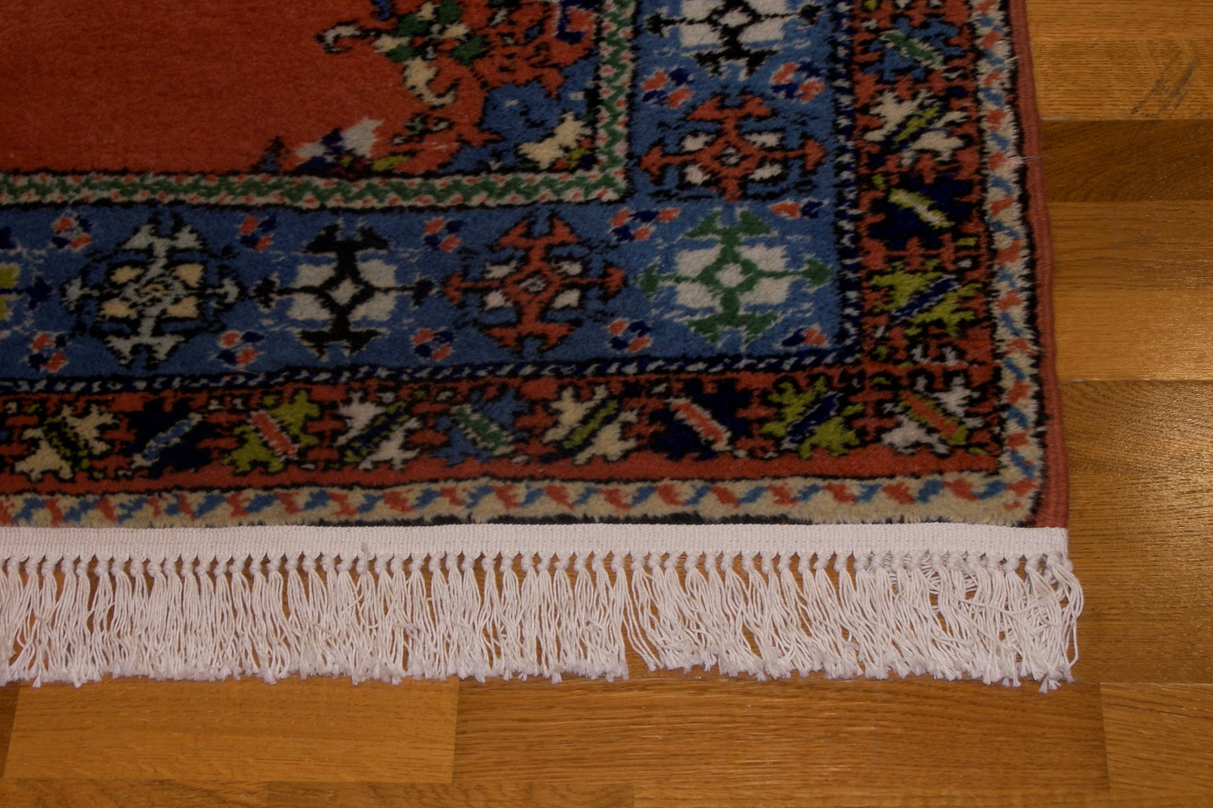 Area Rug Cleaning - We are able to clean Wool Rugs, Persian Rugs, Oriental Rugs, Silk Rugs, Synthetic Rugs, Fringing, and all types of fabrics.