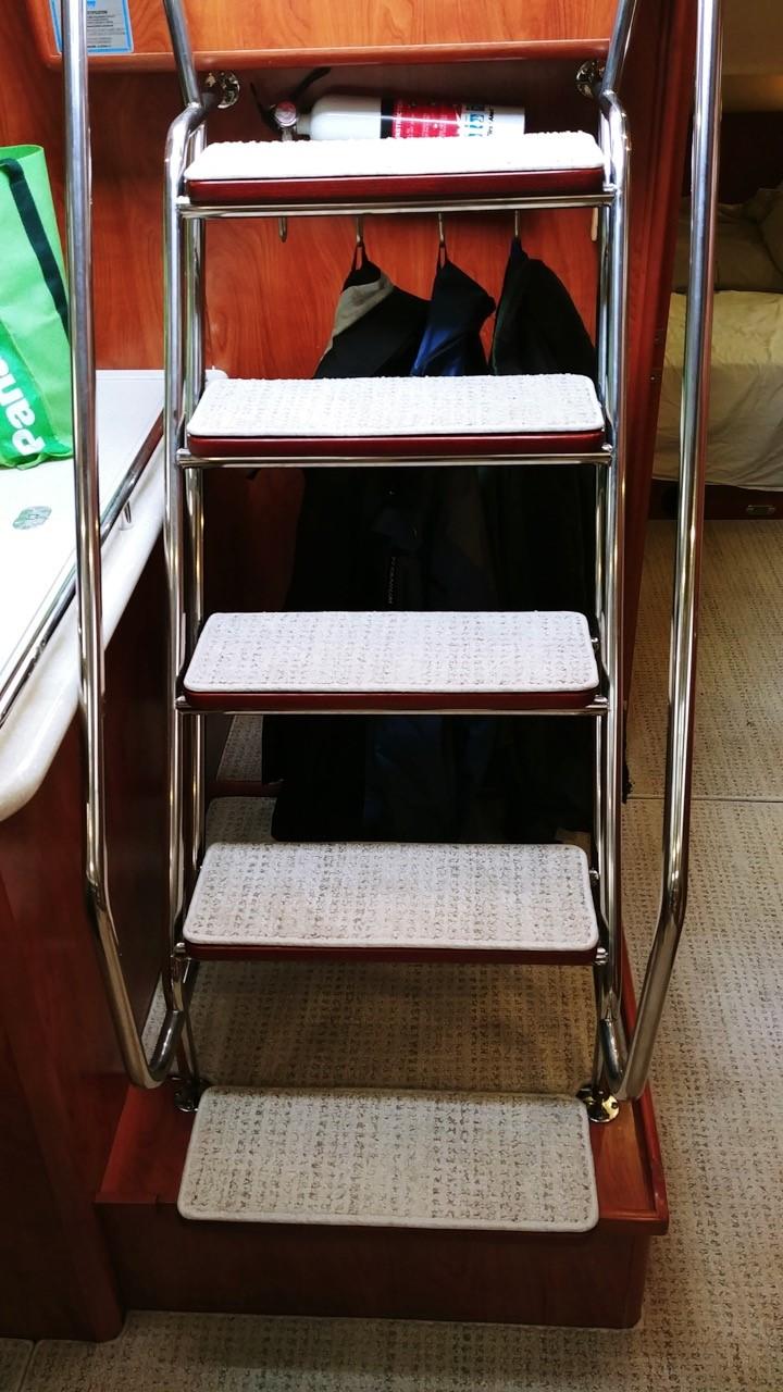 boat interior 3.jpg