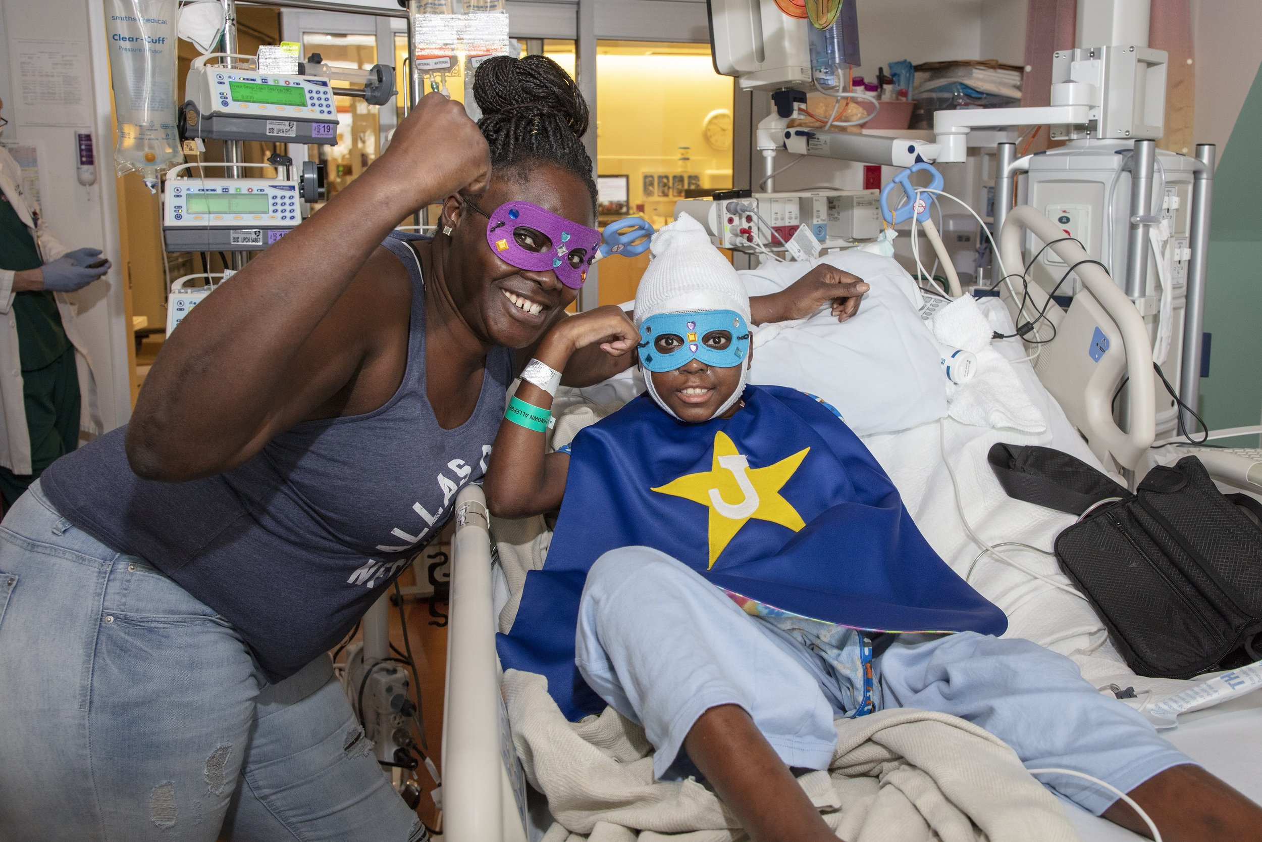 Capes4Heroes Visit - 2018 Lucile Packard Children's Hospital Stanford