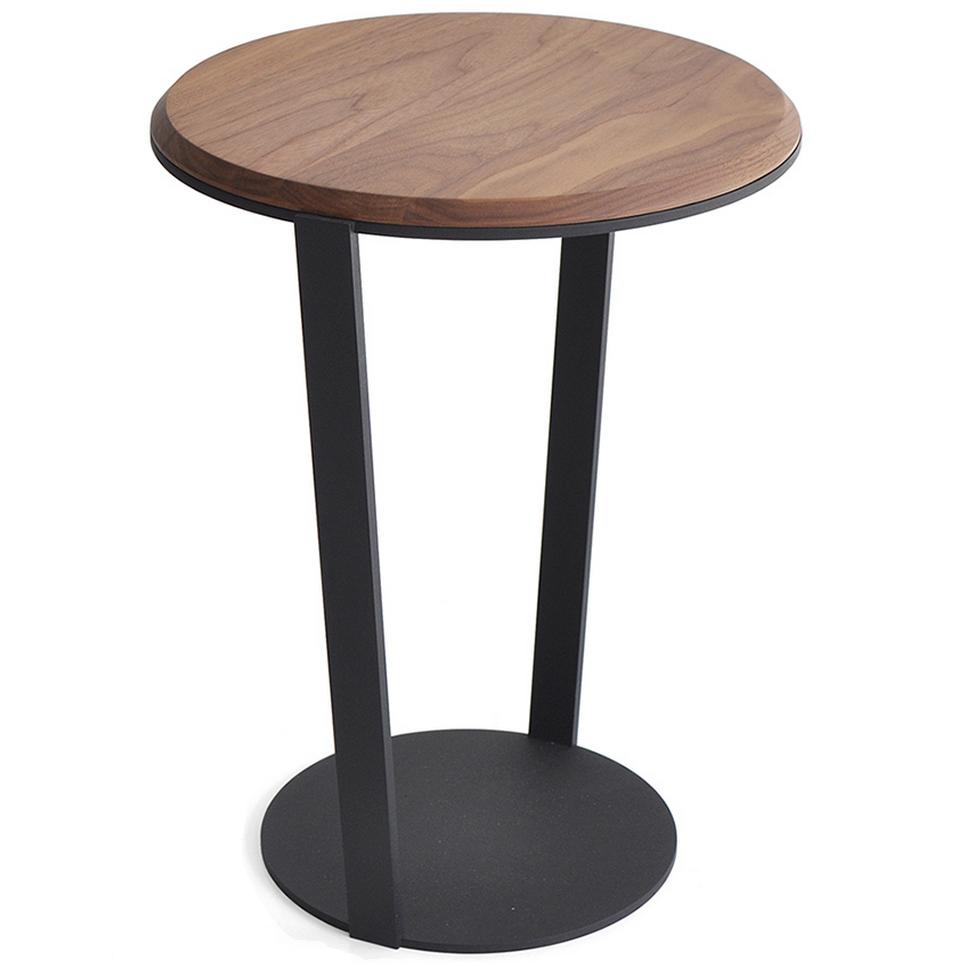 bensen_around_table.png
