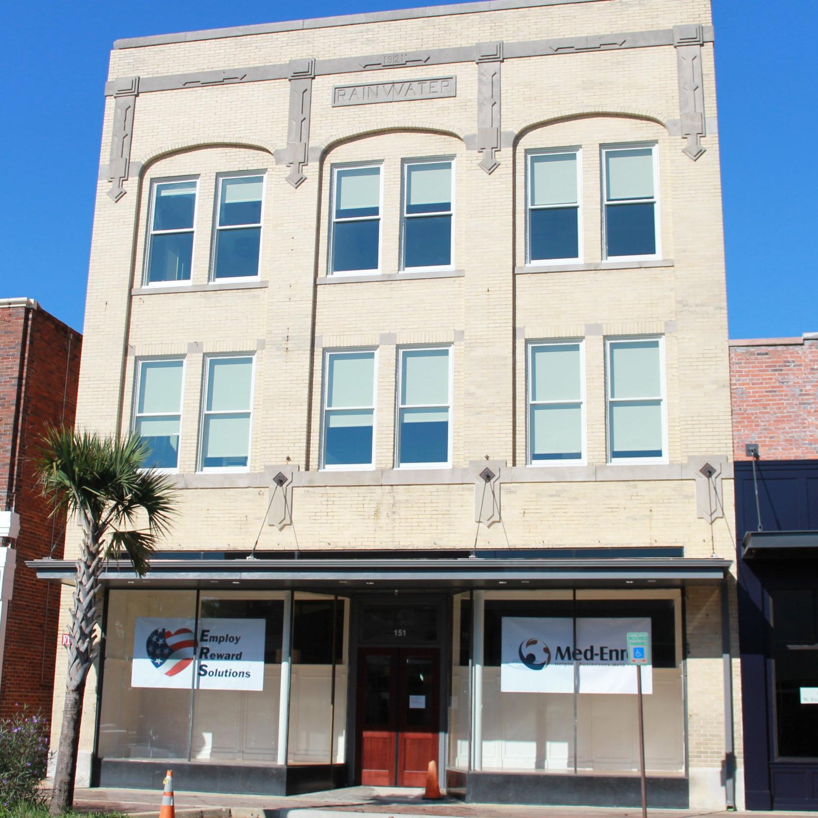 Rainwater Building - Florence, SCOfficeClient: BCN Holdings Inc.Built: 1921Project Costs: $2.4 millionHTC equity: Over $1.08 millionCompletion Date: 2015