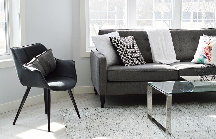 living-room-2155376__480.jpg