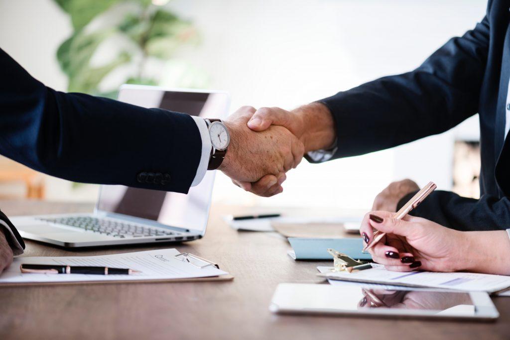 agreement-business-businessmen-886465-1024x683.jpg