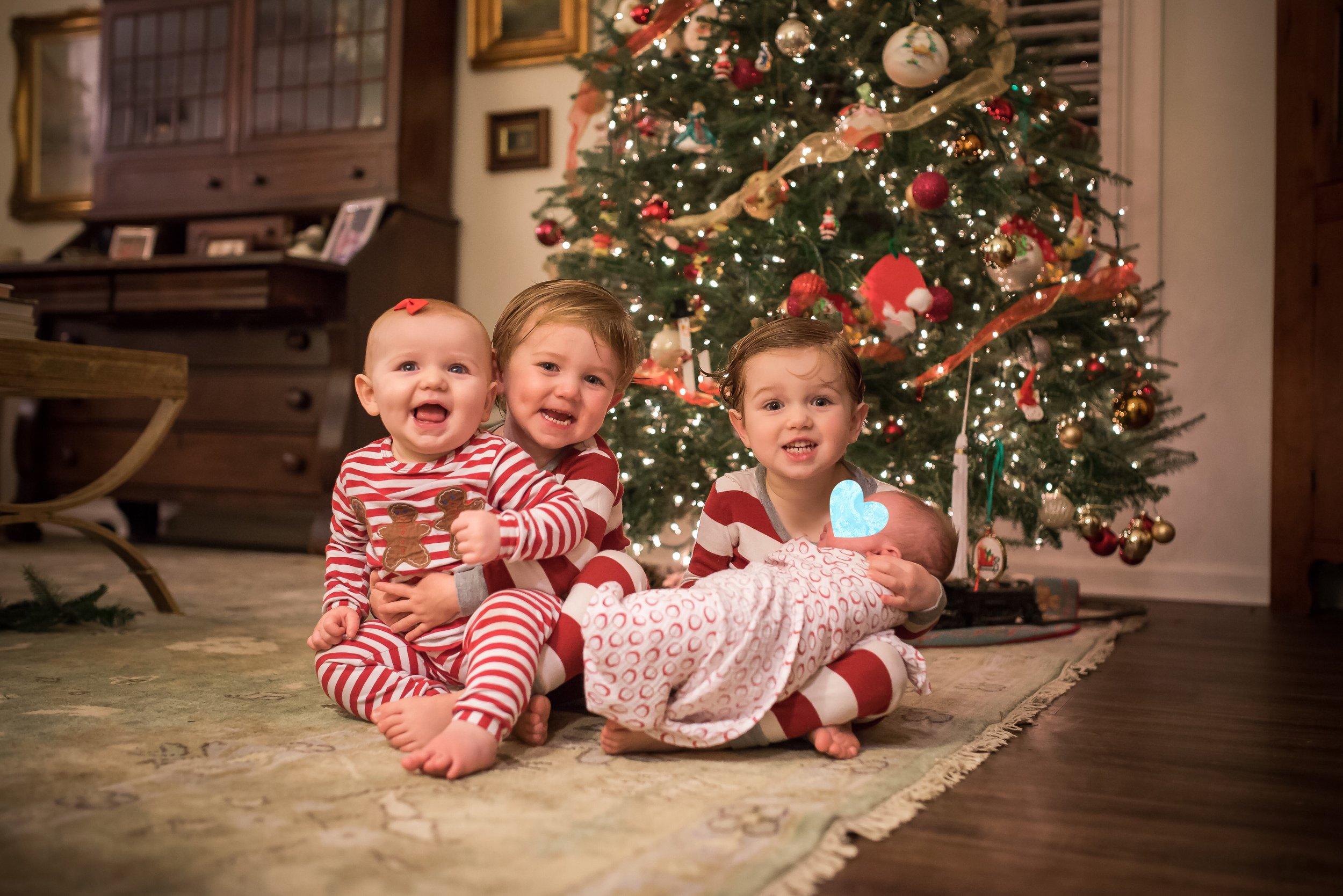 momstrosity_gift_giving.jpg