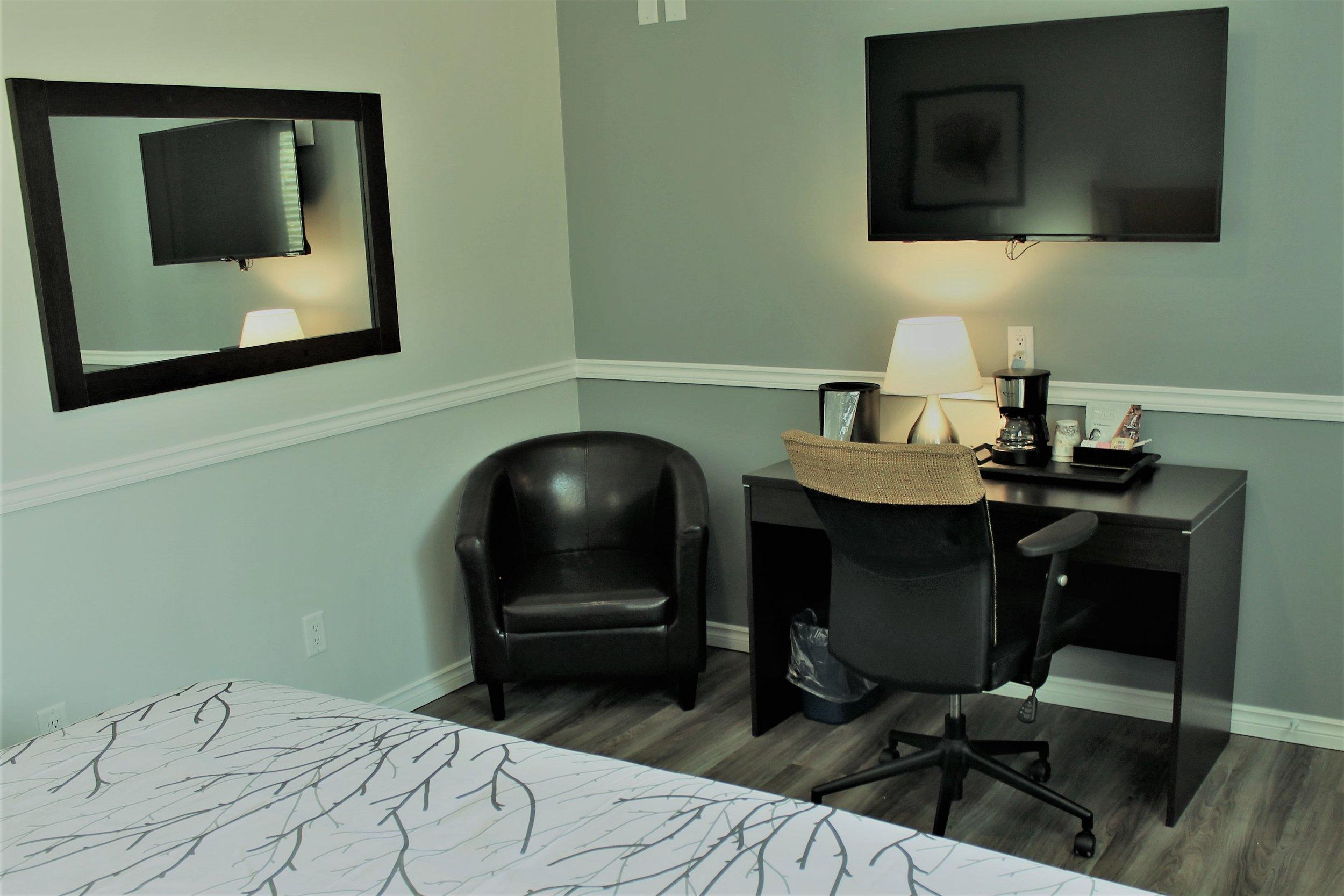 New King Room - Live large ! You deserve it.