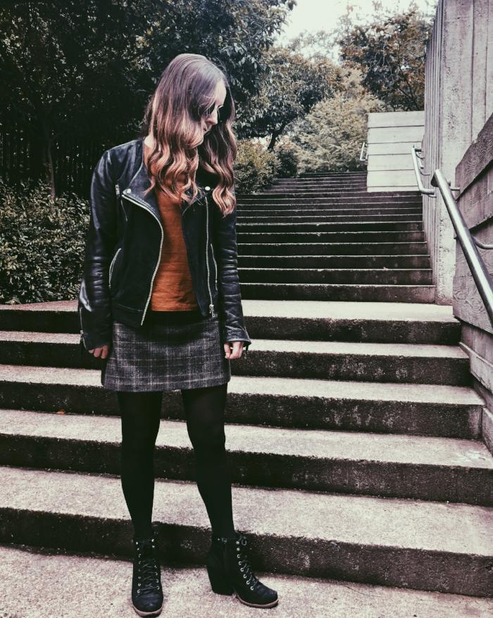 fall-fashion-outfit-inspiration-plaid-miniskirt.jpg