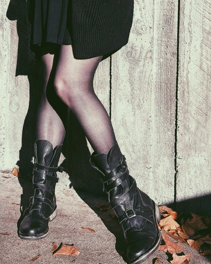biker boots casual goth.JPG