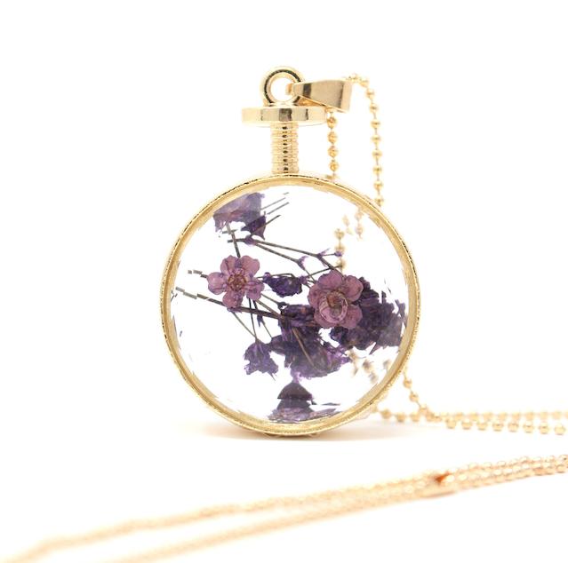 Pressed Flower Jewelry - Dried Flower Pendant Necklace - Baby Breath Flower - Spring Jewelry